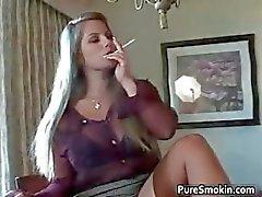 Slutty blondi bimbo strippaus Osa 6