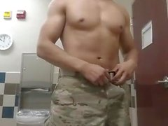 Str8 soldier play in public toilet