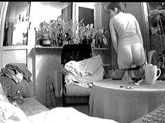 La caméra cachée de Yana masturbation 020.409 ( 4m52s )