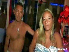 Gruppensex Sex in Saunaclub vorstellen