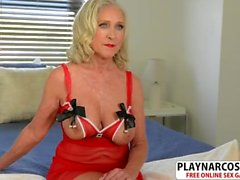 Nasty Milf Katia Gives Titjob Well Tender Son's Friend
