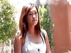 Miyu bonito Meio coreano Hottie Visitas A Mall Busy
