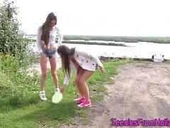 Dutch les teens outdoors