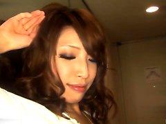 Aya Sakuraba längtar att svälja efter en sådan intensiv avsugning