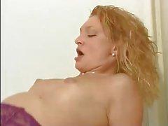 Tony se tape une prostituee (Gr-2)