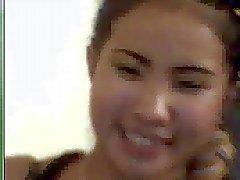 Thaise kuikens op webcam 1