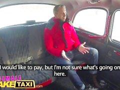 Feminino Fake Taxi Sexy motorista suga e fode fare para obter mesmo