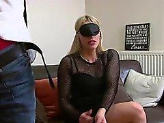 Bretagne Bardot ovat on aina nautti sidotuin silmin ...