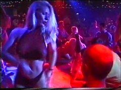 uk öffentliche Nackt Partei Mädchen Striptease lapdance Wettbewerb 90s
