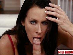 Brunette Milf Gesicht ficken und Sperma im Mund
