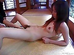 I undertiteln japanska CMNF schoolgirlen tjugotal kulor inför