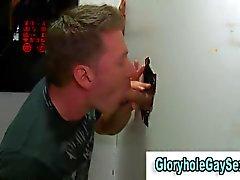 straighty получает удовольствие сосание петуха через отверстием слава