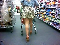 Blond shopper