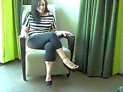 Housewife footjob shoejob