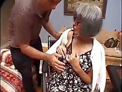 Grannies älskar för att vara horor