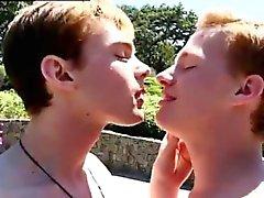 Nude elokuvien Gay kalut kondomeja ensimmäinen kerta Colby eivät voi