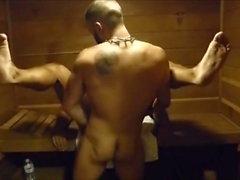 MM två Hårig Muscle Hunks Knulla Raw på gymmet