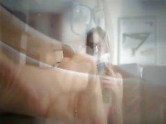 gözlük ile sıcak brunett