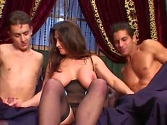 Cathy Barry in Anale DP 3some