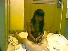 Thai Hookers ge henne Kunden EN Handjobb