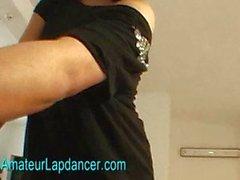 Große Brüste tschechisch chick macht heiß lapdance