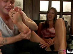 Hot babe gives her man a footjob