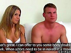 Agente femenino grabar un pareja de puto tan muy difícilmente