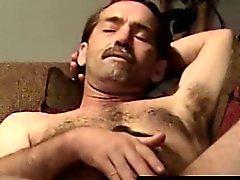 Masturbointi hairy pyöräilijä saaminen imetty