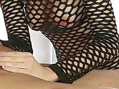 Di Amanda la Tate sfrega il suo cock cliente
