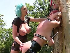 Porca italiana double blowjob