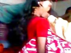 Intian vasta naimisiin kaveri yrittää zabardasti vaimoksi hyvin ujo