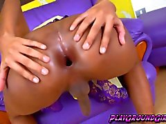 Gaping ass of a very hot tranny