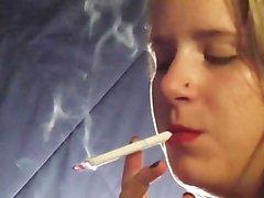 smoking leah