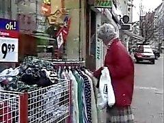 Granny muchacho joven puta