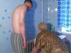 Russian slut maturo a Lana fa scopare