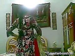 Yalnız Hint amatör Tanya Şişe