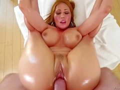 Kianna Dior Oiled Up (HUUU)