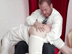 Mormoni vanhimmaksi a- aukko pelataan