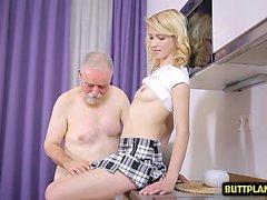 Sexy pornstar sex with cum in mouth