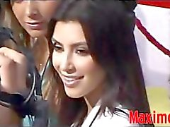 Kim Kardashian jalat