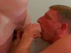 Gay polis dostum sıcak direkli ve horny erkek arkadaşlarımı damla delikli göre eve gelince