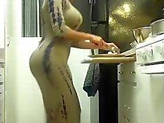 booty dancing