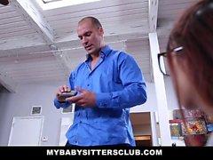 MyBabySittersClub - Mingherlino Baby sitter scopare dal suo Sporgenza