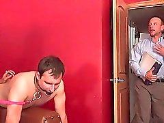 Ehemann isst einen Monsterous Ladung Sperma Aus