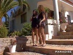 PARADISE FILMS Shy lesbians under the sun