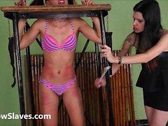 Brazilian bdsm und Lesben Prügel
