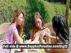 Soberbas lesbos beijar e ficar nu em uma grande orgia de quatro vias lesbo
