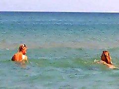 Çıplak plaj - Beautiful Sarı Lezbiyenler