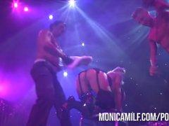 Norrman MonicaMilf Live på scen vid Sexhibition