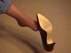 Lexi Lapetina hulluja shoeplay !!!